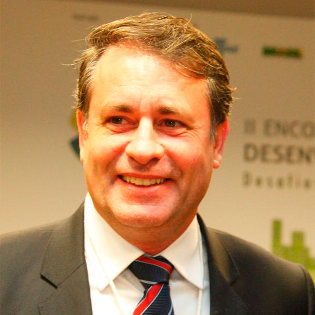 Luciano Rezende